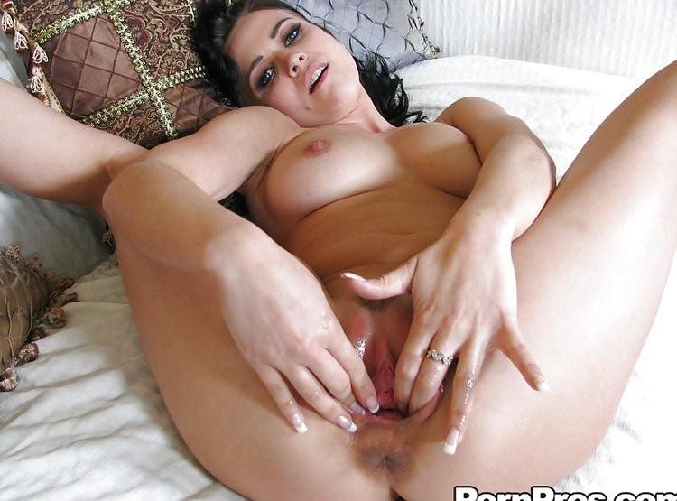 hot white chicks pussy – Pornostar