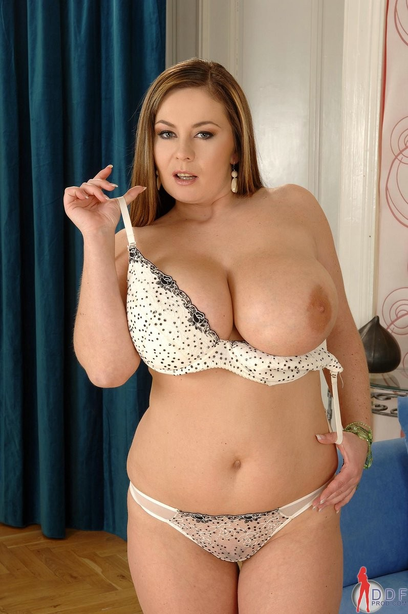 hot naked chubby women with nice tits – Erotic