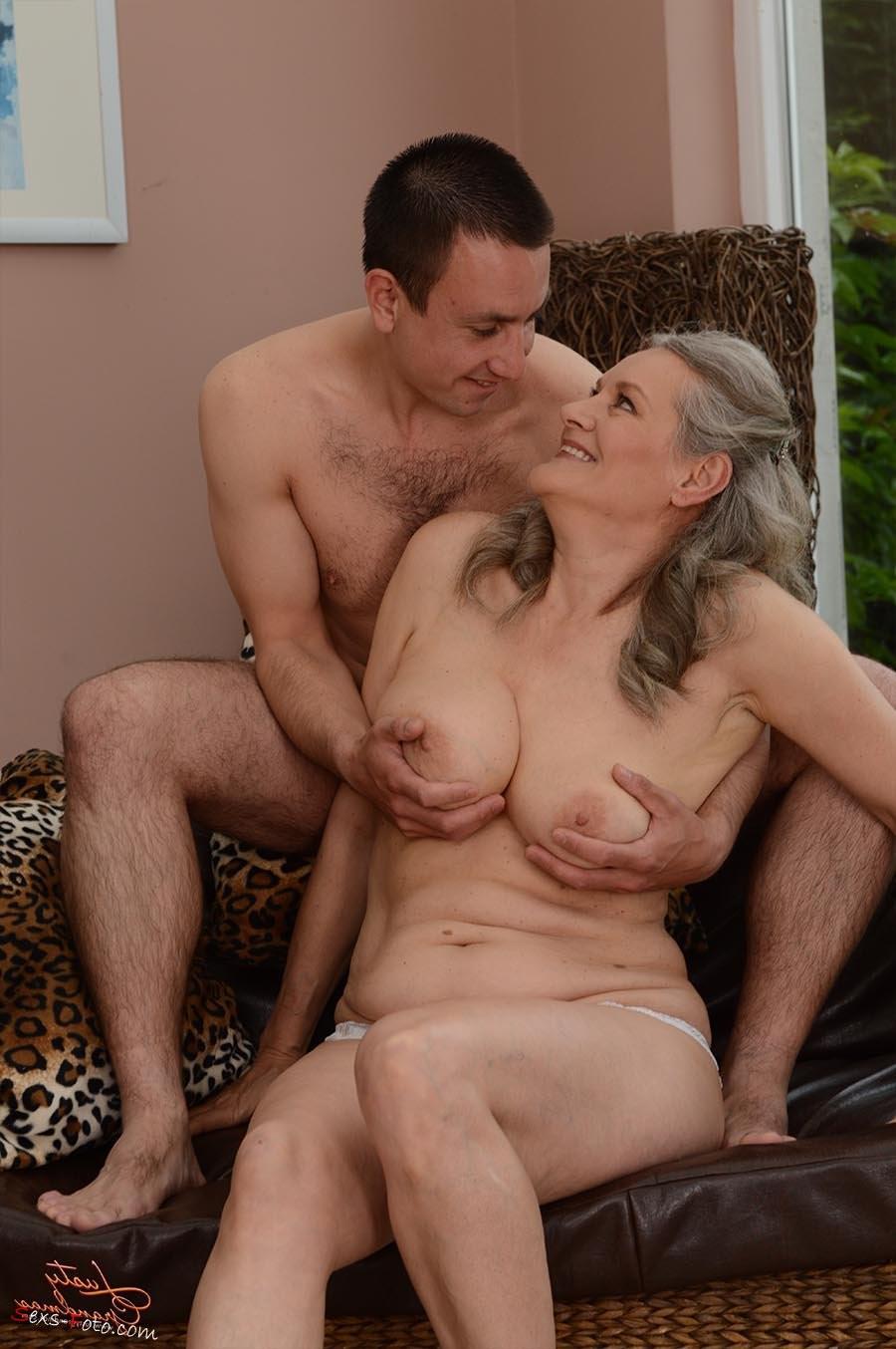 big natural oiled tits – Pornostar